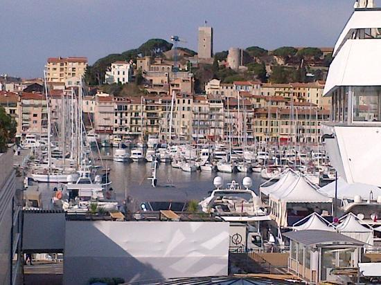 Atlantis Hotel: Cannes Old Town and Harbour