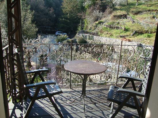 Albergo Ristorante La Macchia: balconcino della stanza