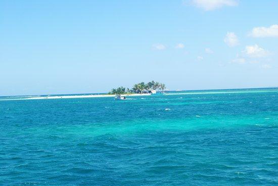 Baie-Mahault, Guadeloupe: Apéro sur l'Ilet Caret