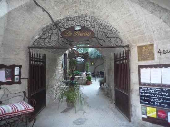La Prévôté : entrance1
