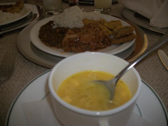 LUN FUN Gourmet: almuerzo en el hotel