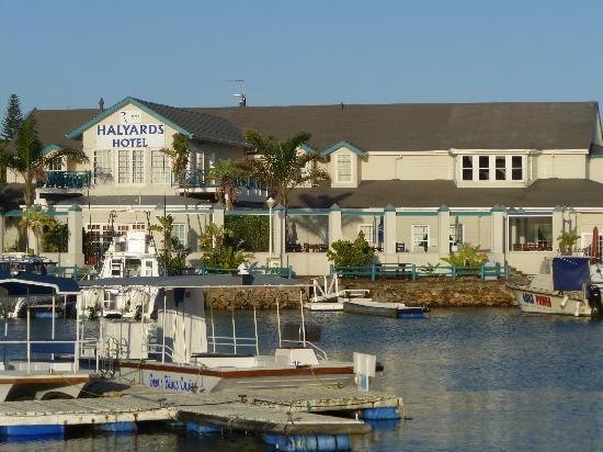 Halyards Hotel: Hotel Frontage