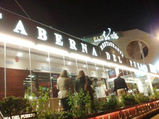 Taberna del Puerto: FACHADA