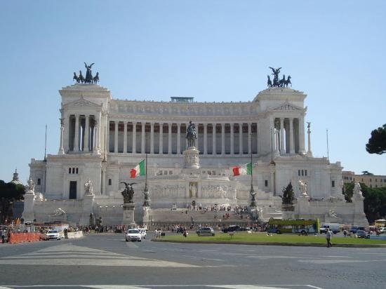 Victor-Emmanuel 2 - Picture of Roma dal Cielo Terrazza delle ...