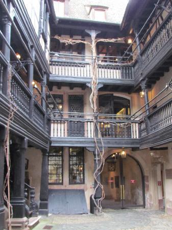 Musee Alsacien: Inside