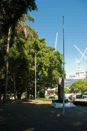 South Brisbane Memorial Park: The centre of the Memorial