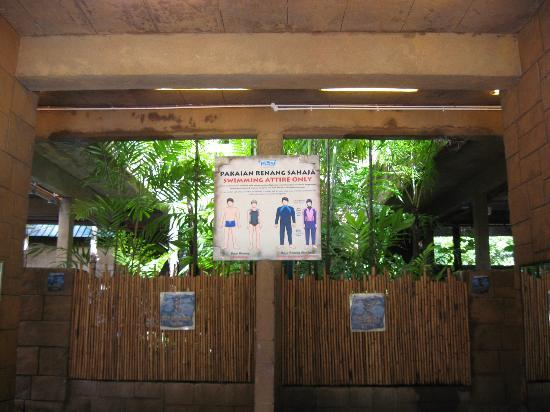 Lost World Of Tambun: Notice dictating swimsuit specifications