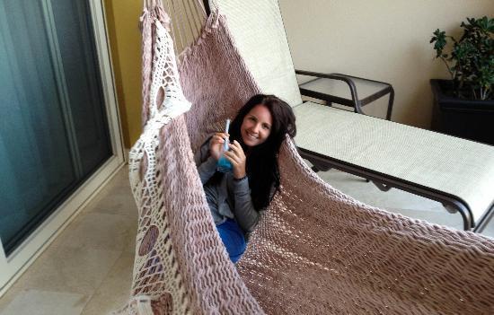 Villa del Palmar Cancun Beach Resort & Spa: Hammock on our balcony!