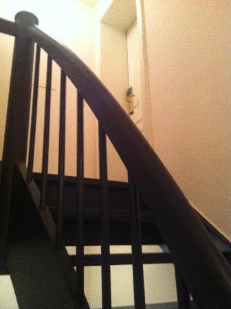 BEST WESTERN Hotel Domicil: steep stairway leading to room 49