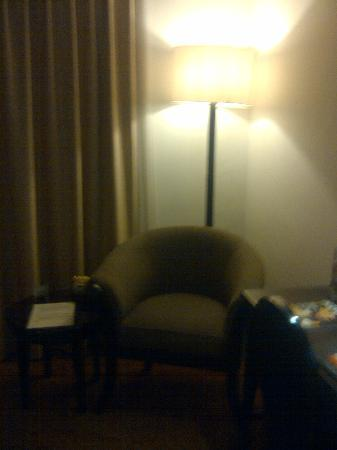 Jakarta Airport Hotel: has 1 sofa inside the room