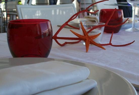 Stockholm Beach Taormina : Particolare tavola