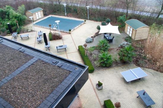 Novotel Maastricht: Pool area