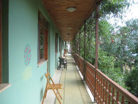 Erendiz Garden Hotel: il corridoio che dà ad alcune delle camere