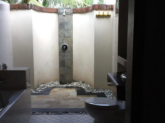 Sri Phala Resort Villa Semi Outdoor Bathroom