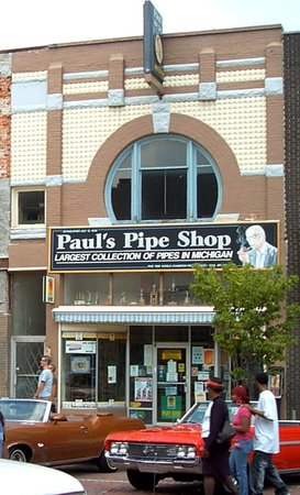 Paul's Pipe Shop