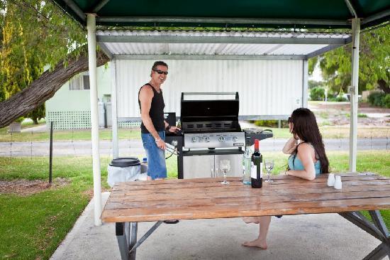 Havana Villas: BBQ area