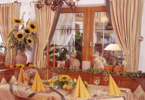 Hotel-Gasthof Vierjahreszeiten: Unser Restaurant