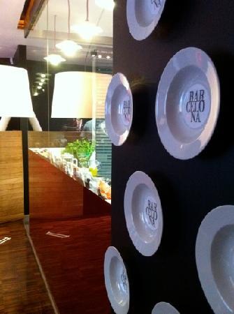 Barcelona Restaurant & Tapas Bar: plate wall