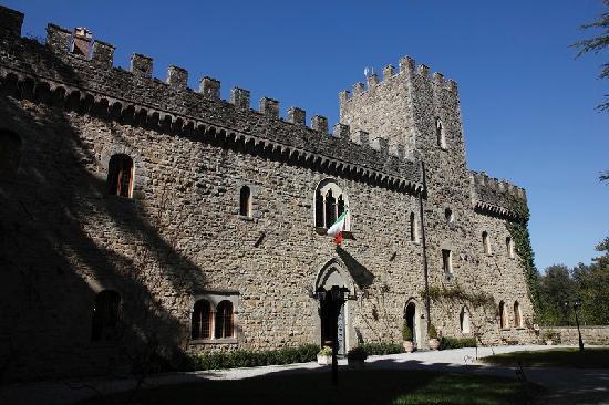 Castello dell'Oscano: Castello