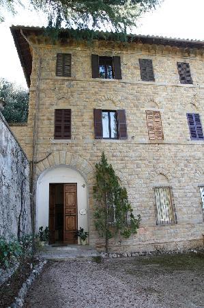 Castello dell'Oscano: Villa Ada