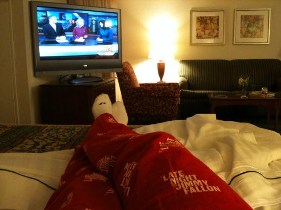 Residence Inn Indianapolis Northwest: TV from Bed