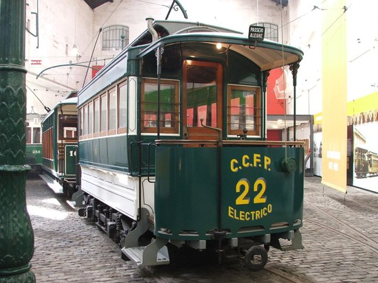 Museu do Carro Eléctrico: Tram exhibit