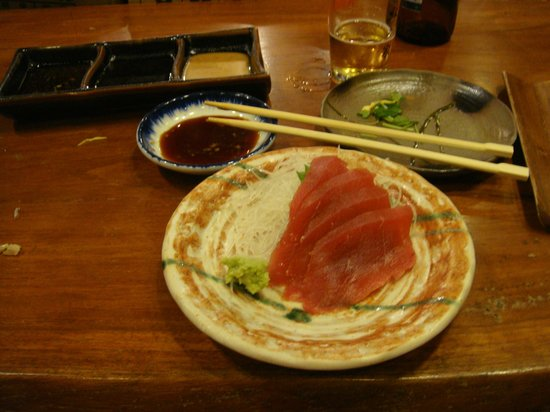 Akashi Japanese Restaurant : sashimi 30$.. too much money for the little portion
