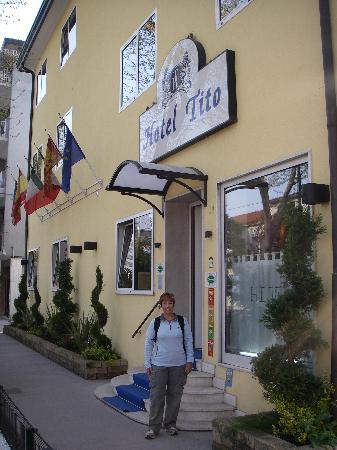 Hotel Da Tito: Outside hotel