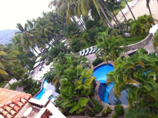 Grand Isla Navidad Resort: pools areas