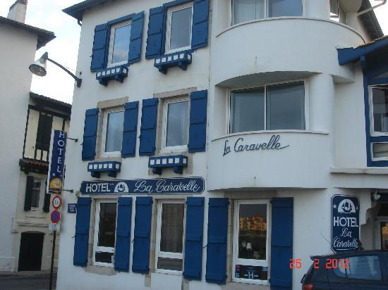 Hôtel La Caravelle: The front of the hotel