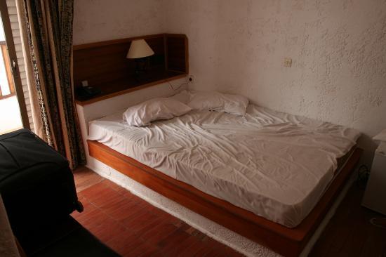 Miramare Hotel: il letto 'a muro' !