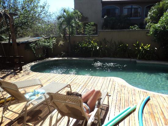 Sunset Inn: la piscine