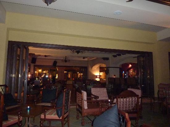 Casa del Rio Melaka: bar
