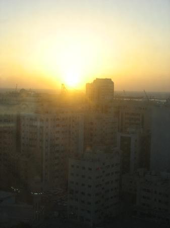 Swiss-Belhotel Sharjah : vom Zimmer