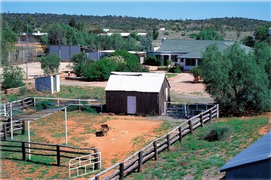 Bond Springs Outback Retreat