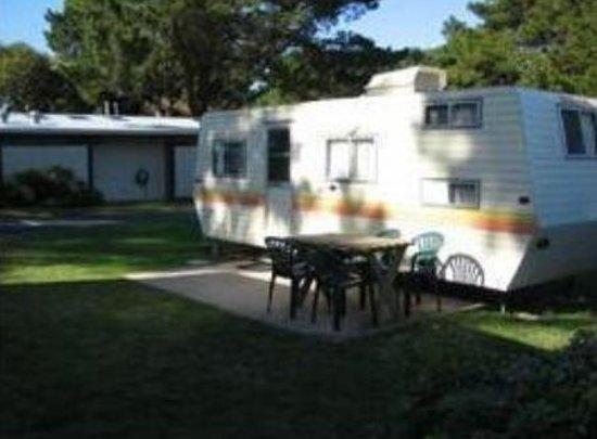Hillview Caravan Park