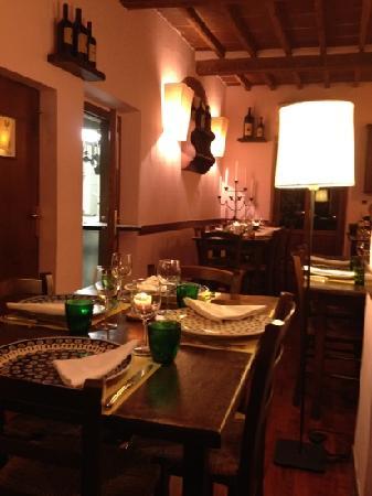Antica Trattoria Il Barrino: warm and nice