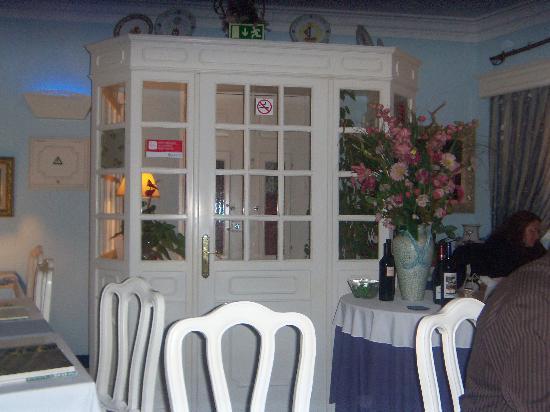 Restaurante Dom Carlos : Lovely decor!