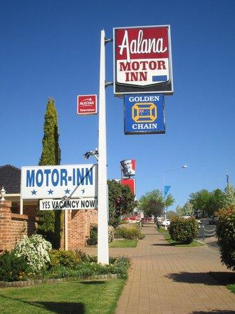 Aalana Motor Inn
