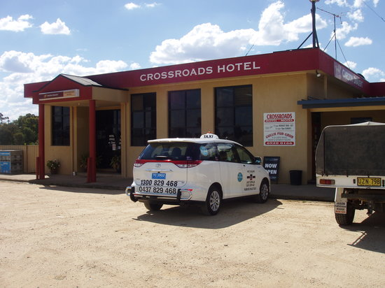Crossroads Hotel : Collingullie Hotel