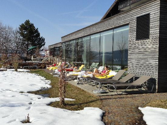 Wellnesshotel Linde: Liegebereich aussen