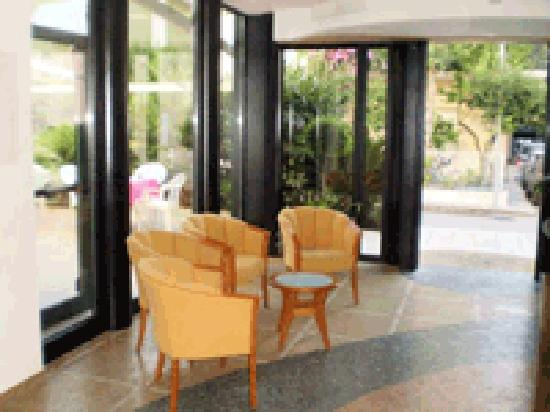 Hotel La Perla : getlstd_property_photo