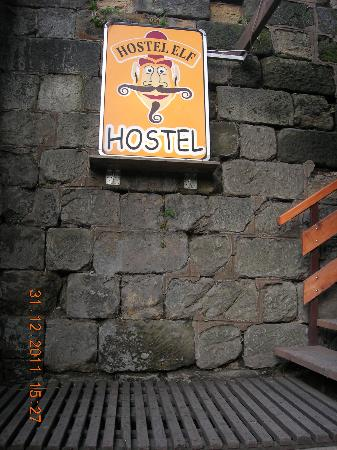 Hostel Elf: Elf