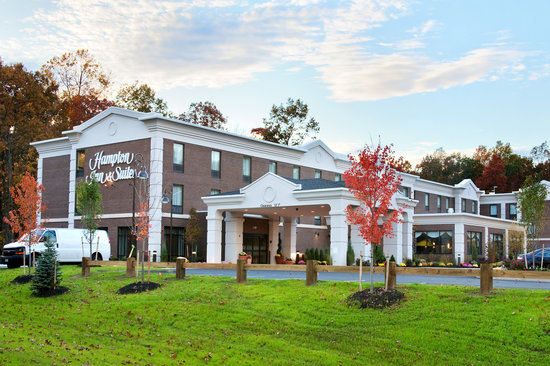 Hampton Inn & Suites Hartford/Farmington: Welcome to the Hampton Inn and Suites Hartford/Farmington!
