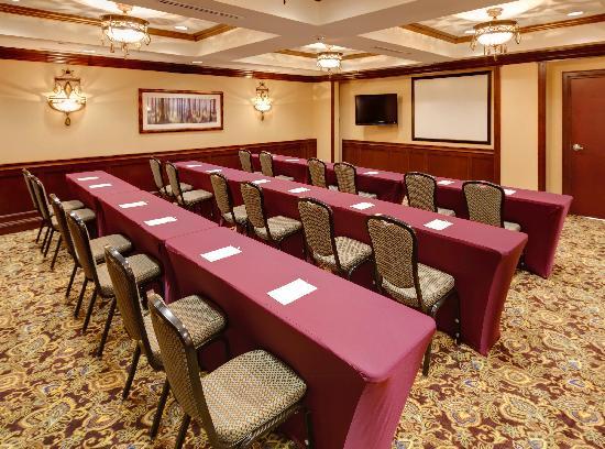 Hampton Inn & Suites Hartford/Farmington: Meeting Room-Classroom