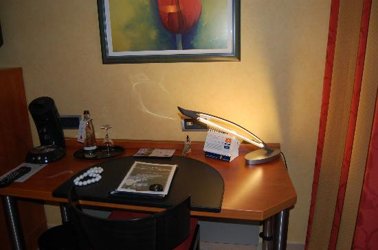 Hotel VierJahreszeiten Iserlohn: Room