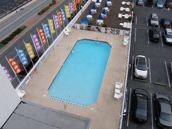 The Spinnaker: the pool