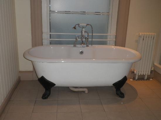 ميلسومز هوتل باث: Room 2 Bathtub - Beautiful!
