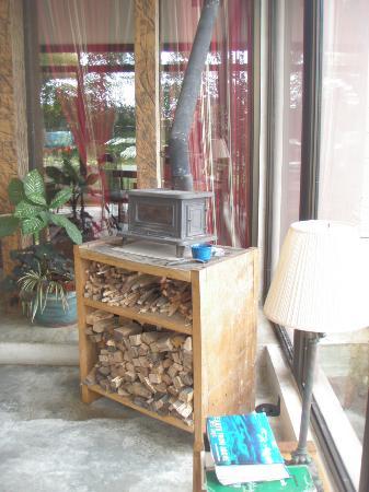 Poas Volcano Lodge: une des cheminées