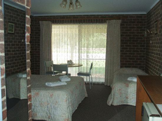 Barham Colonial Motel